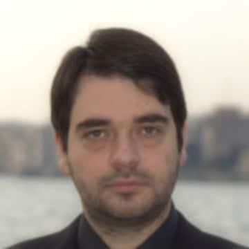 Αθανάσιος Κυργίδης Διδάκτορ με διάκριση ,επείγουσα ιατρική ,ειδικευθείς εις καρκίνο προσώπου